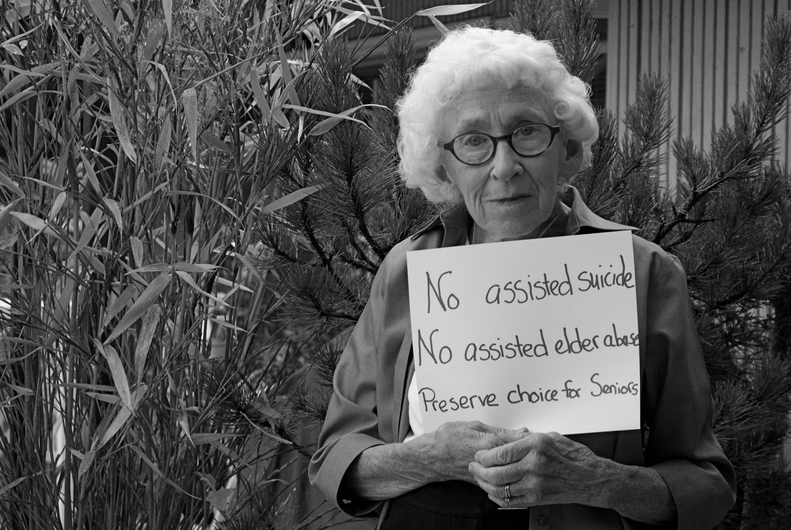 the assisted suicide and canadian law The absence of change to canadian law thus far does not imply a failure to act on the part of legislators, but rather the failure by advocates to persuade a majority in parliament that legalizing assisted suicide will protect the vulnerable as well as the prohibition does.